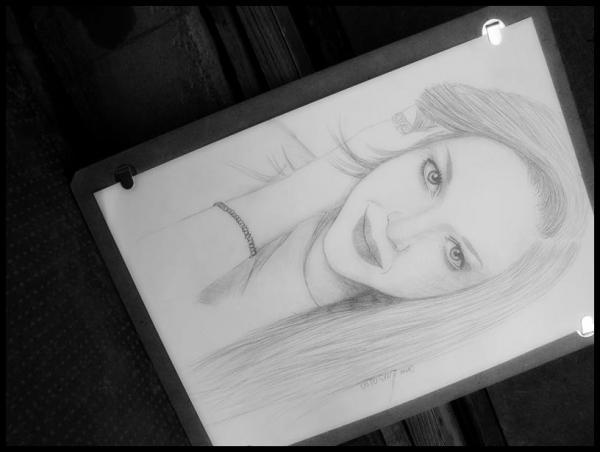 Amanda Seyfried par Orsolya